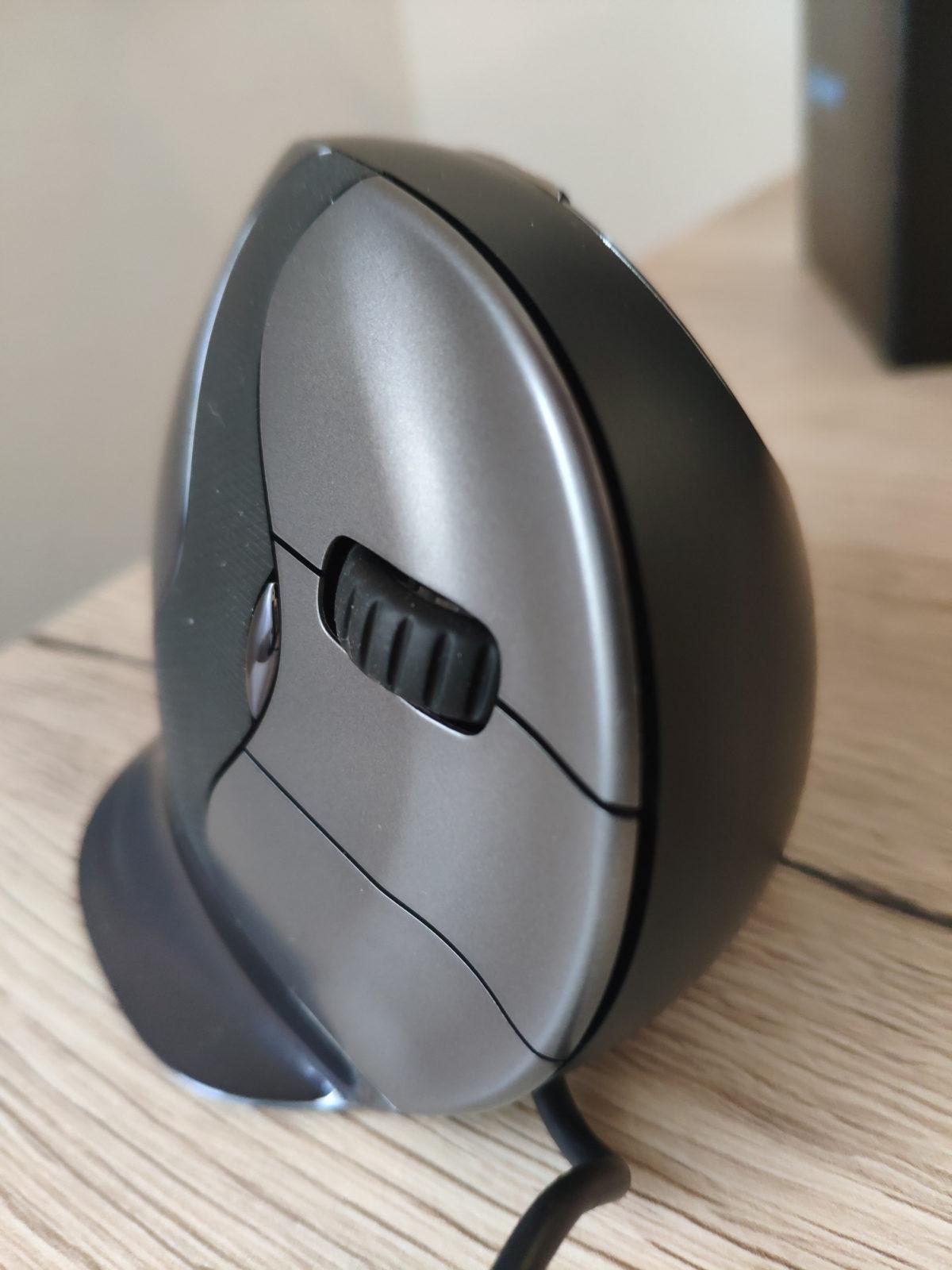 Evoluent Vertical Mouse D - Drei gefurchte Maustasten